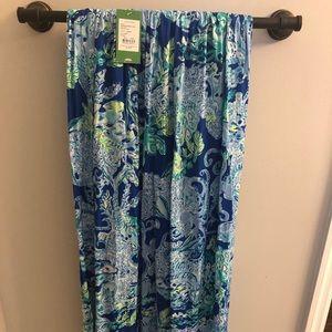 Lilly Pulitzer maxi skirt XXS, fits small medium